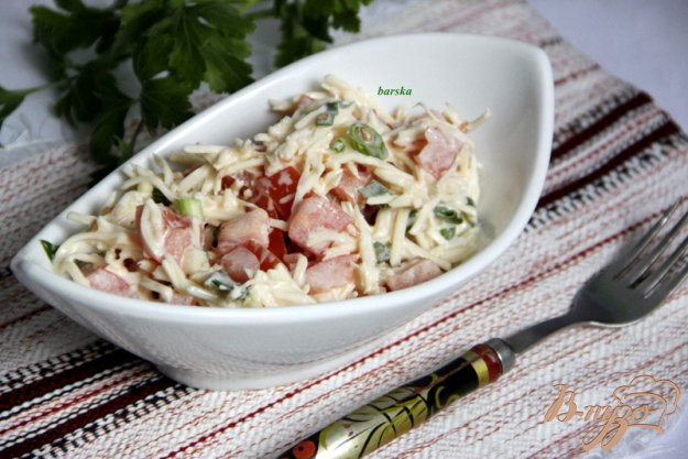 фото рецепта: Салат из помидоров и сыра