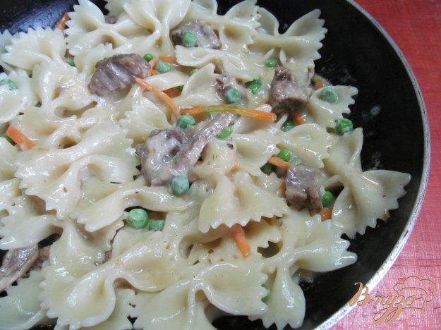 фото рецепта: Макароны и мясо со сливочной заправкой