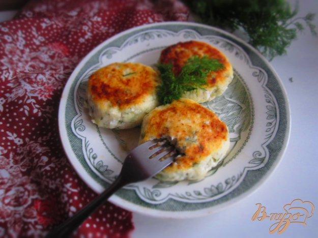 фото рецепта: Сырники с укропом