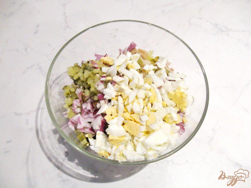 Салат с отварными грибами фото