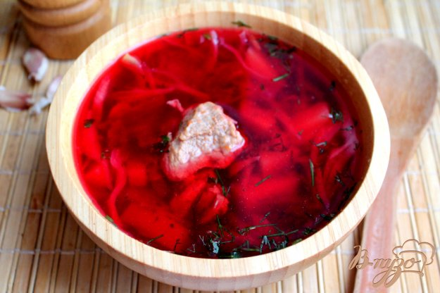 фото рецепта: Борщ на свином бульоне с замороженной томатной заготовкой