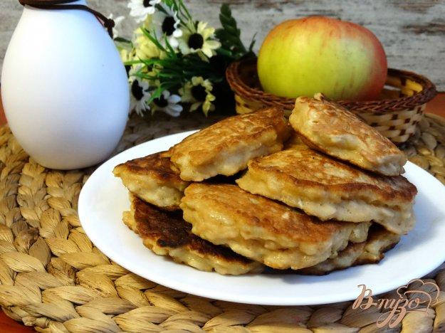 Рецепт оладьев из яблок с фото