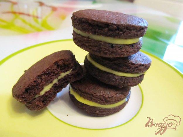 фото рецепта: Шоколадное печенье с начинкой