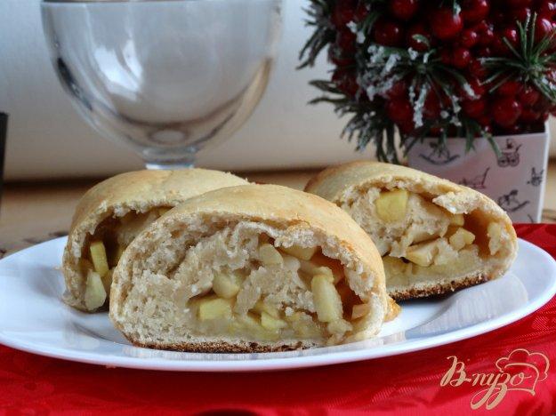 фото рецепта: Яблочный штрудель на творожном тесте