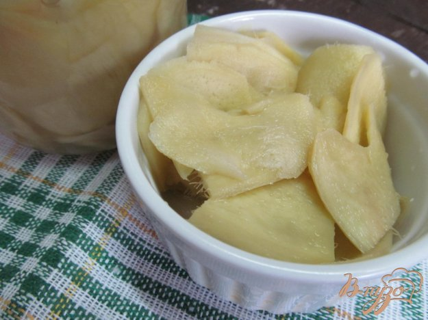 фото рецепта: Маринованный имбирь