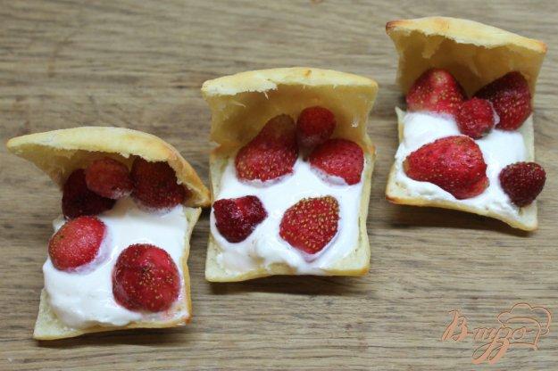 фото рецепта: Десерт с маскарпоне и клубникой