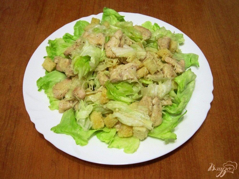 Салат цезарь итальянский
