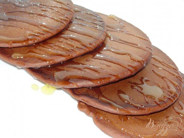 фото рецепта: Шоколадные панкейки на кефире