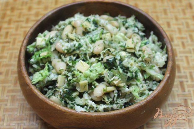 фото рецепта: Салат из пекинской капусты, с фасолью и сыром
