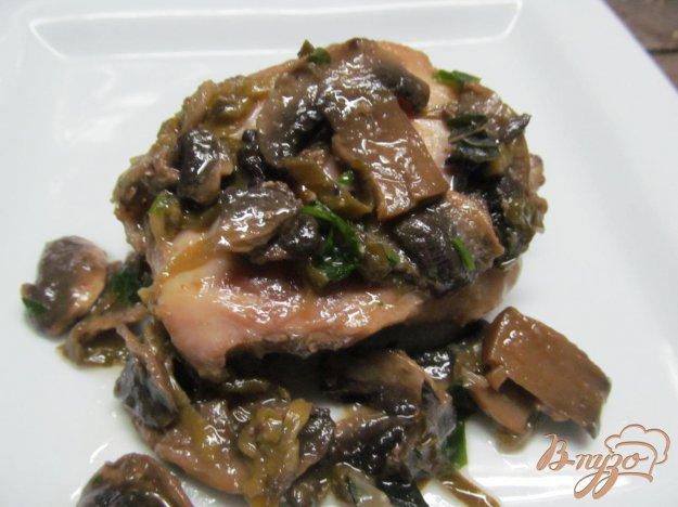 фото рецепта: Курица с грибами в кульках из фольги