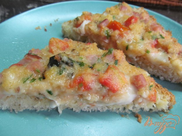 фото рецепта: Горячие бутерброды со сливочным сыром и помидором