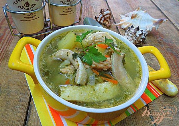 фото рецепта: Суп из животиков сёмги со шпинатом и черемшой
