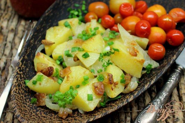 фото рецепта: Картофель запеченный со шкварками,  кардамоном и паприкой
