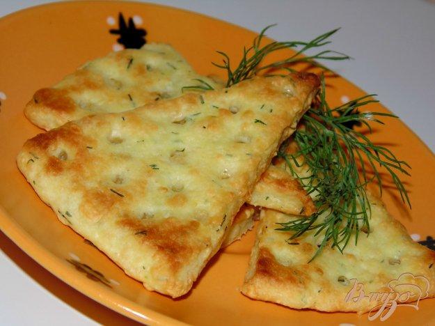 фото рецепта: Сырные крекеры с укропом