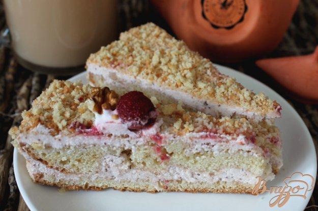 фото рецепта: Торт с творожно-клубничным кремом