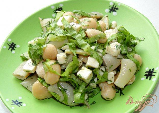 фото рецепта: Салат из стручковой и белой фасоли