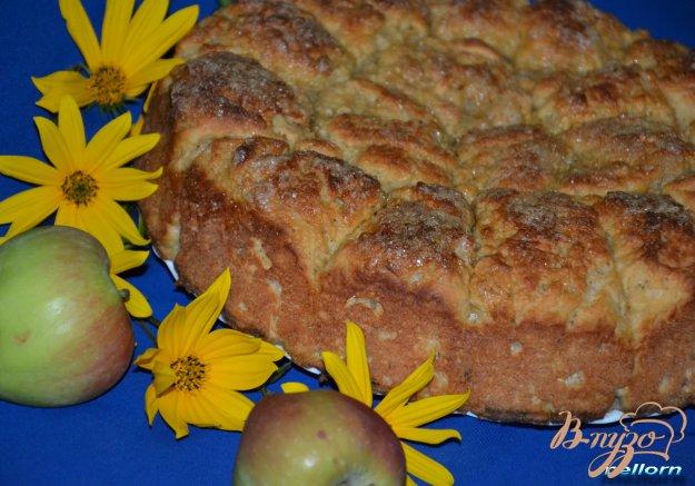 фото рецепта: Яблочно-овсяные булочки с карамельной корочкой