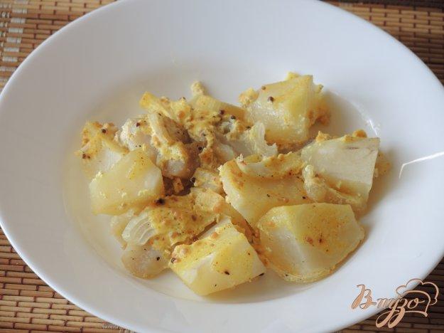 фото рецепта: Минтай с картофелем в духовке