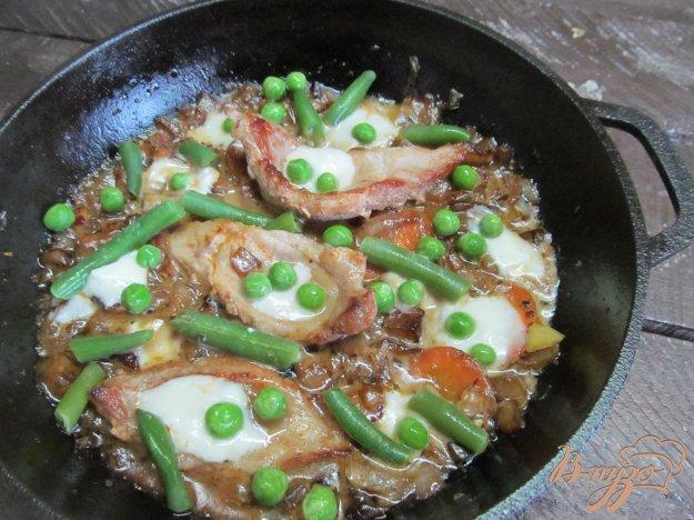 фото рецепта: Свинина с овощами и сыром