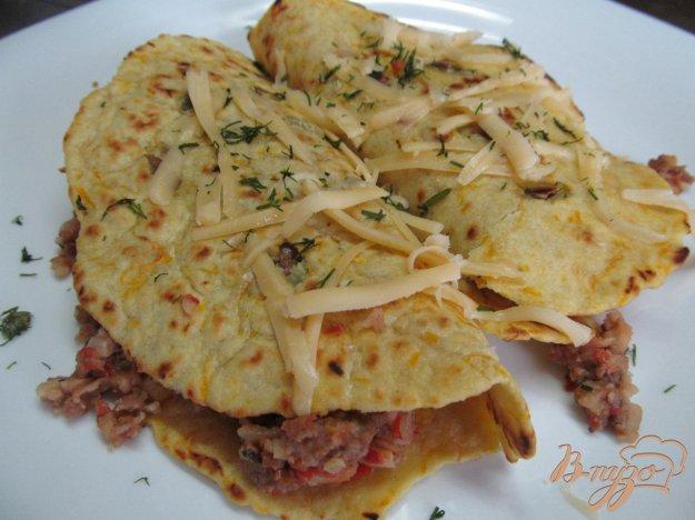 фото рецепта: Буррито с фаршем и фасолью