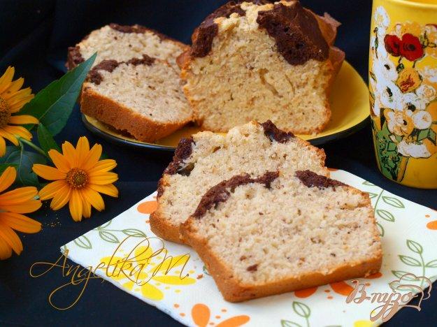 фото рецепта: Двухцветный ореховый кекс