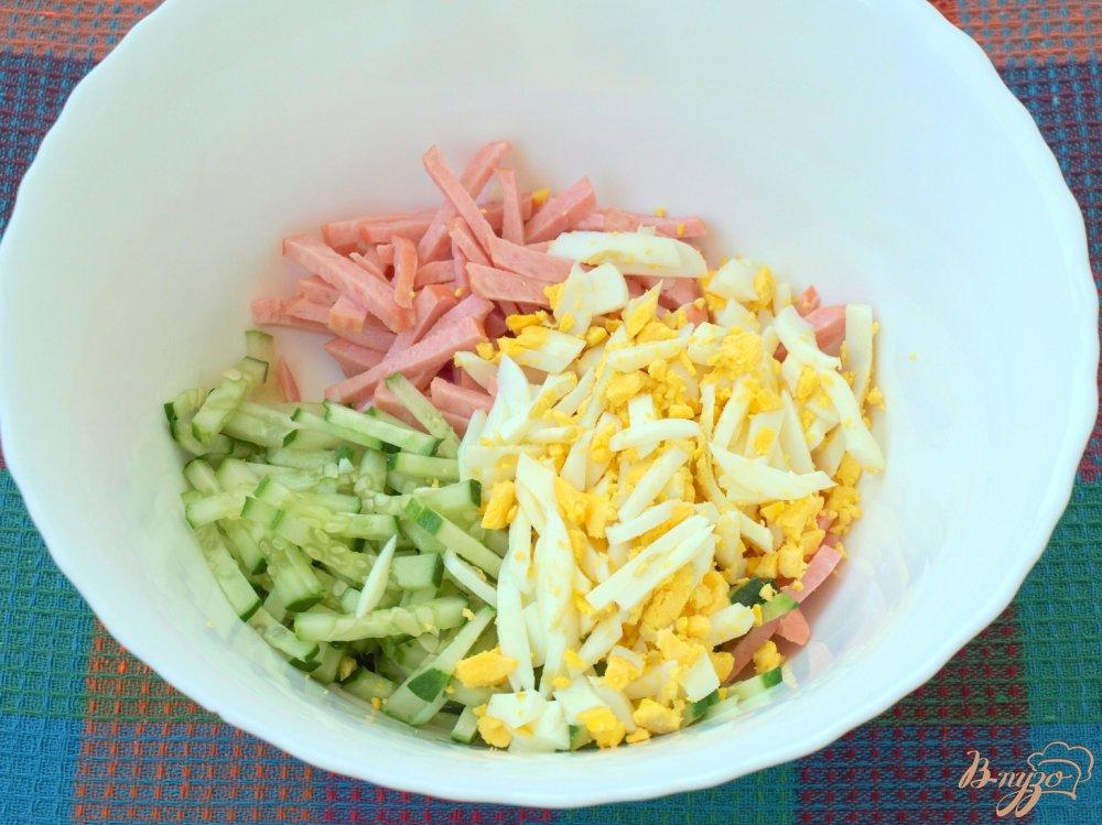 Салат из колбасы и свежих огурцов рецепты с