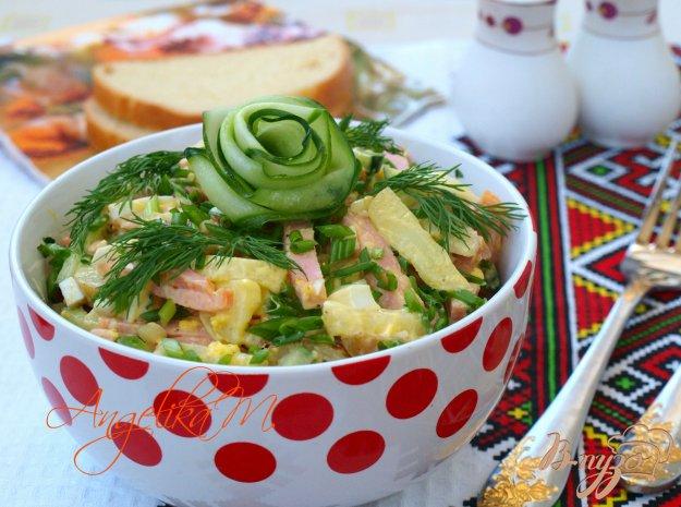 Салат с картошкой и вареной колбасой