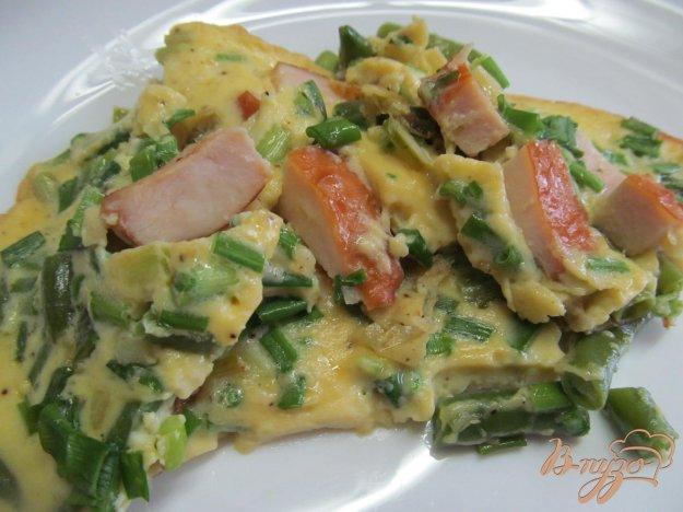 фото рецепта: Тортилья с копченной курицей и спаржевой фасолью