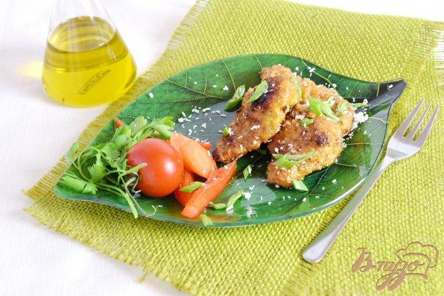 фото рецепта: Мясо в желтках и кокосовой стружке