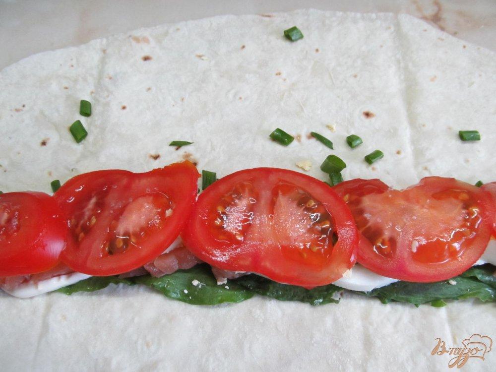 Рулет из лаваша с помидорами пошаговый рецепт