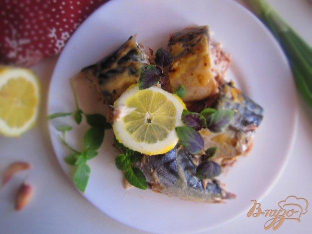 фото рецепта: Скумбрия запеченная в соусе