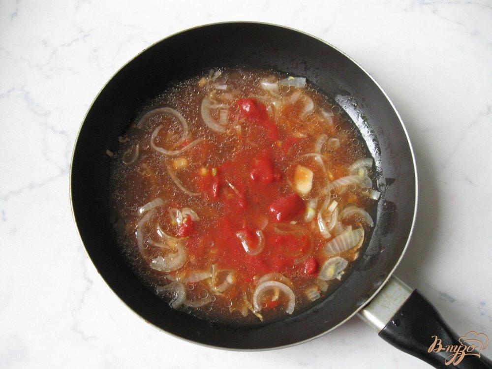 Фото приготовление рецепта: Бефстроганов из свиной печени шаг №5
