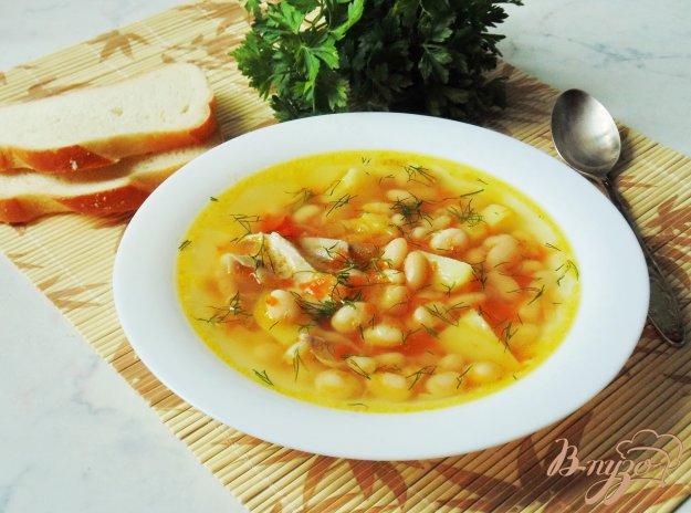 фото рецепта: Фасолевый суп с курицей