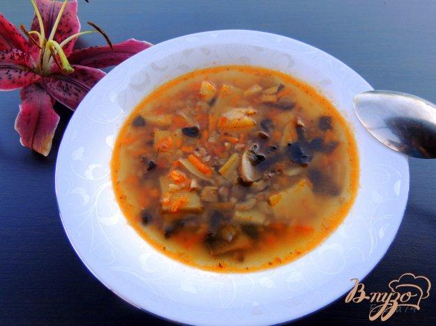 фото рецепта: Суп с гречкой и шампиньонами