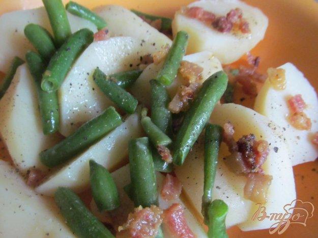 фото рецепта: Картофель под соусом из бекона и фасоли