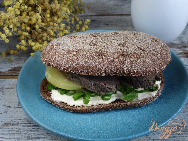 фото рецепта: Сандвич с говядиной и картофелем