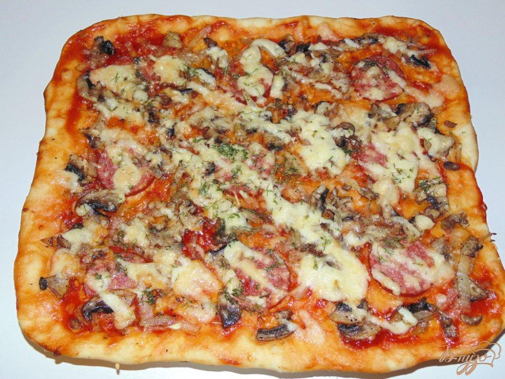 Пицца с шампиньонами и колбасой рецепт пошагово