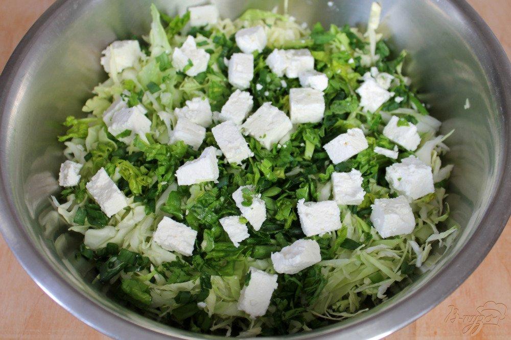 Как приготовить вкусный салат из молодой капусты