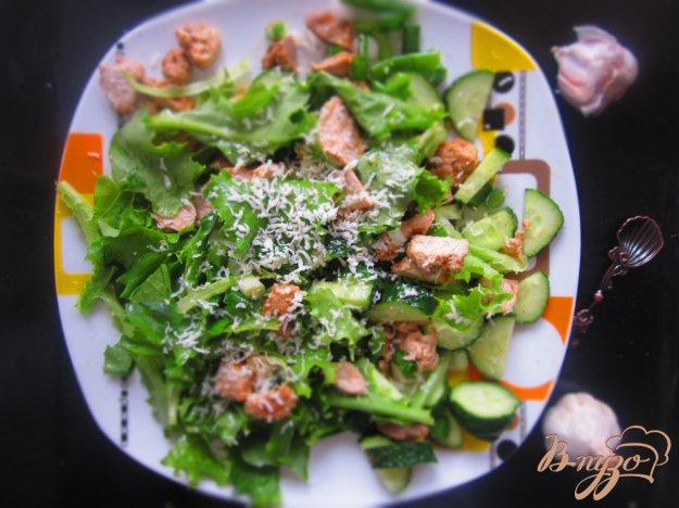 фото рецепта: Салат с курицей и зеленью