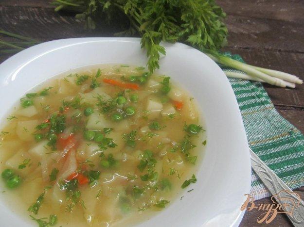 фото рецепта: Суп с редисом и молодой капустой