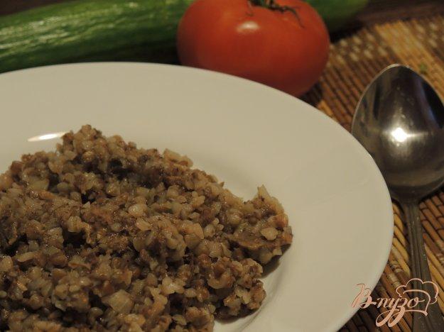 фото рецепта: Солдатская каша из гречки и тушенки