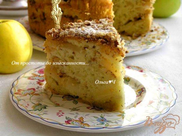 фото рецепта: Яблочно-ореховая шарлотка-татен с оливковым маслом
