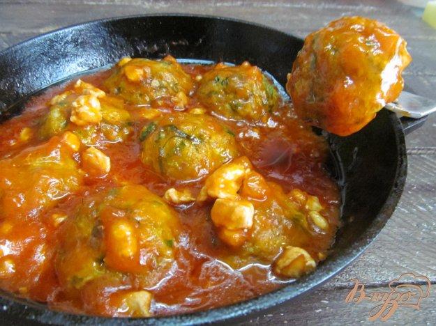 фото рецепта: Кабачковые фрикадельки под соусом