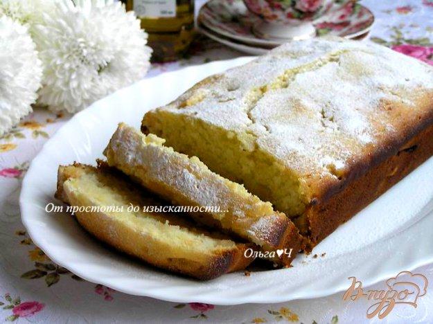 фото рецепта: Манный кекс с яблоками на оливковом масле