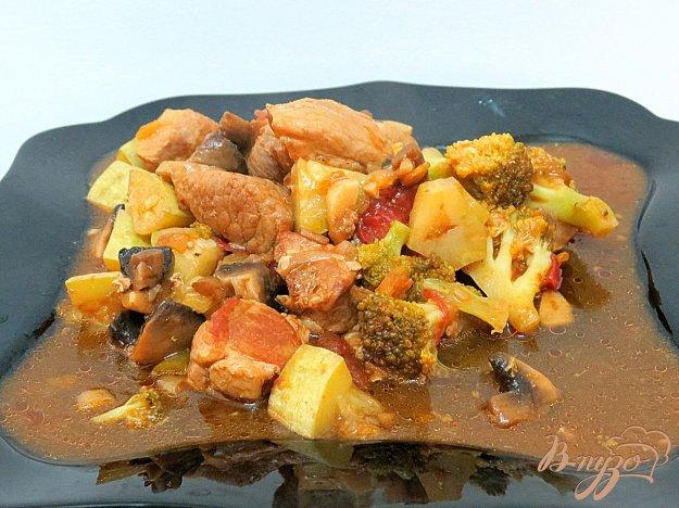 фото рецепта: Рагу со свининой и брокколи