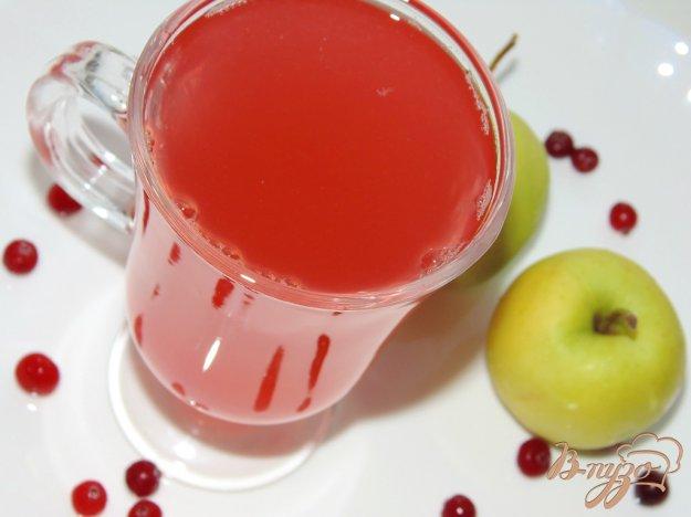 фото рецепта: Компот из яблок и клюквы