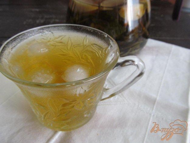 фото рецепта: Холодный чай с мятой и яблоком