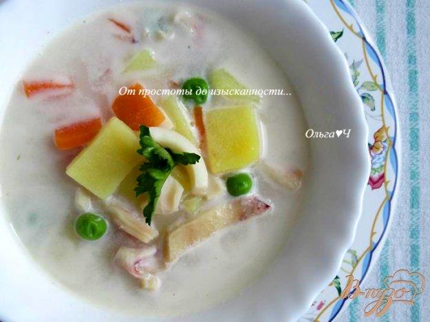 фото рецепта: Сливочный суп с кальмарами