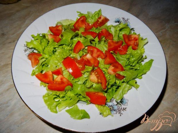 Салат с тунцом и перепелиными яйцами с