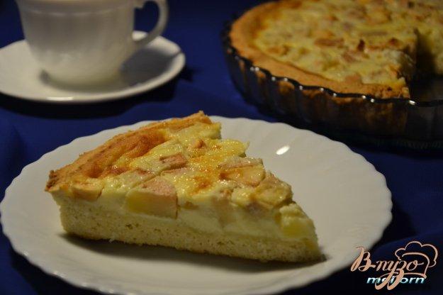фото рецепта: Кокосовый тарт с яблоками и грушами